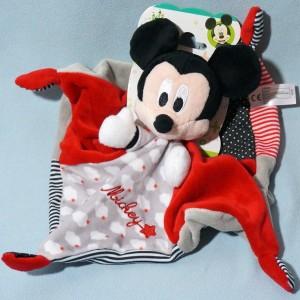 Mickey DISNEY NICOTOY sos doudou carré plat rouge gris et noir nuages