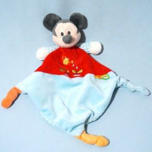 Mickey DISNEY NICOTOY sos doudou carré plat rouge et bleu arrosoir