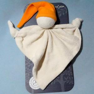 Bonhomme KEPTIN-JR doudou triangle plat beige bonnet orange