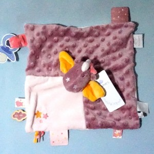 Dragon Victoria NOUKIE'S doudou Tidou carré plat rose