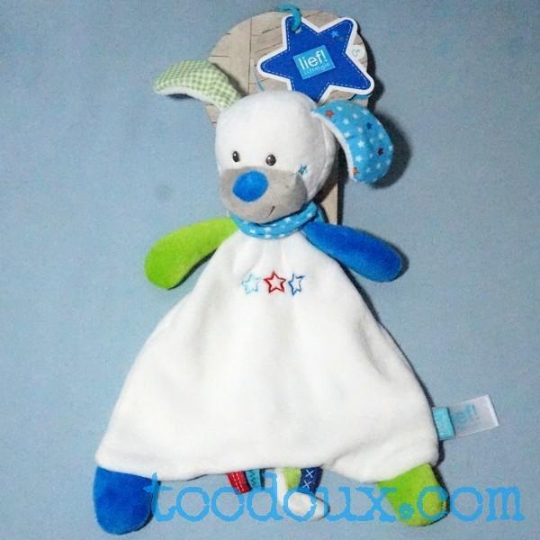 Chien LIEF LIFESTYLE doudou blanc, bleu et vert étoiles
