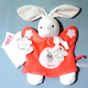 Lapin KALOO doudou marionnette plat rose