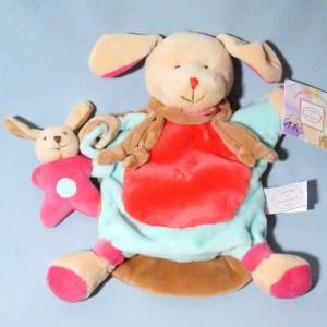 Chien DOUDOU ET COMPAGNIE fraise marionnette cueillette DC2572