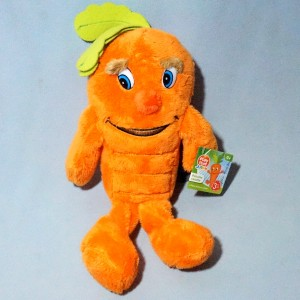 carotte PLAYTIVE Junior doudou peluche orange