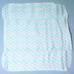 lange XKKO  petit doudou plat blanc 30 cm lignes vertes et grises