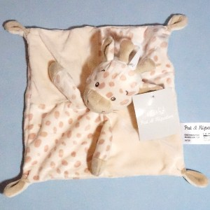 Girafe PAT & RIPATON (La Halle) sos doudou carré plat beige