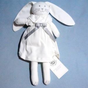 Lapin PETIT BATEAU doudou robe blanche