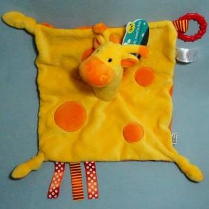 girafe TOMMEE TIPPEE doudou carré plat jaune et orange