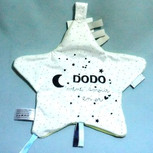 Doudou CAD Distri Center plat étoile Dodo mini amour en or