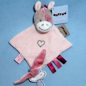 "Licorne NATTOU collection ""Nina, Jade & Lili"" doudou plat rose"