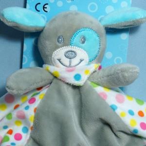 Doudou chien gris et bleu poids multicolores