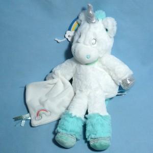 Licorne BABY NAT peluche blanche et bleue doudou plat blanc arc-en-ciel